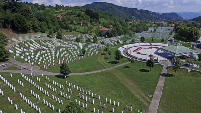 Spisak sa imenima žrtava koje će biti ukopane 11. jula u Potočarima