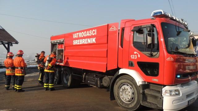 Primopredaja novog vatrogasnog vozila