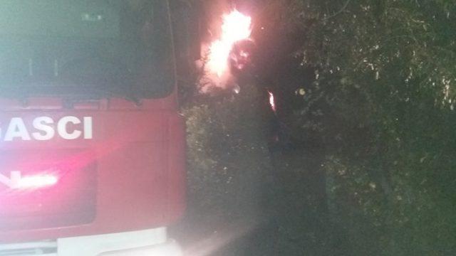 Kantonalna uprava CZ TK - Vatrogasci gasili požare u Gračanici, Srebreniku i Tuzli