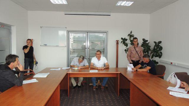 U Srebreniku potpisani ugovori o obnovi još šest kuća