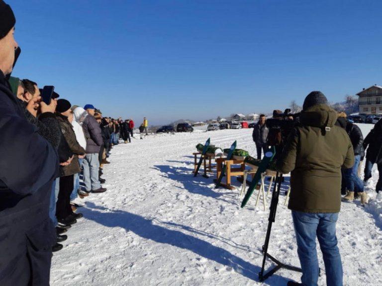 Više od tri hiljade ljudi na dženazi Ahmira, Ajlane i Neile