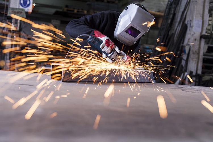 Poticajima i prekvalifikacijama TK rješava problem nedostatka radne snage