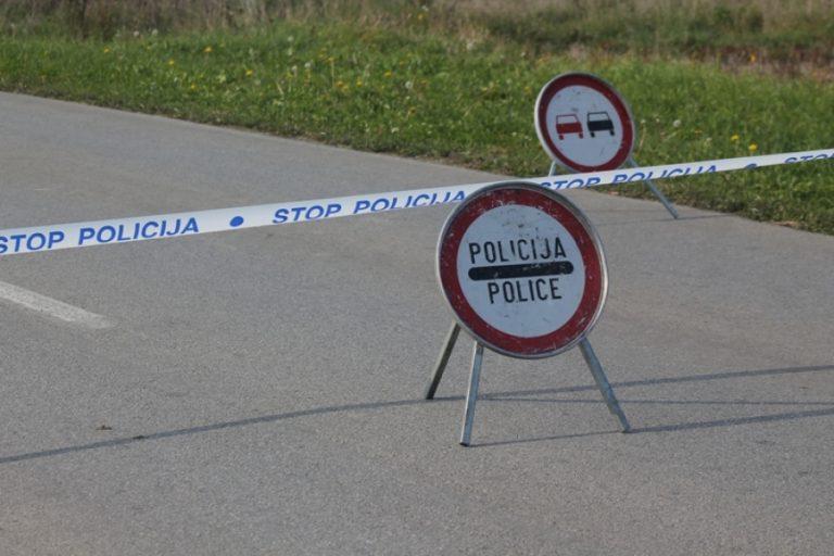 Jedna osoba poginula u teškoj saobraćajnoj nesreći kod Gradačca