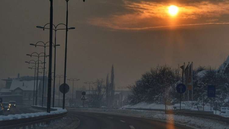 BIHAMK – Saobraćaj u BiH odvija se po vlažnom kolovozu