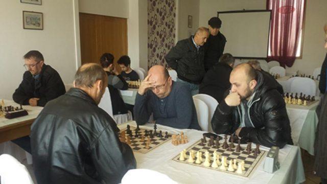 Penzioneri iz Srebrenika pobjednici šahovskog turnira u Kladnju