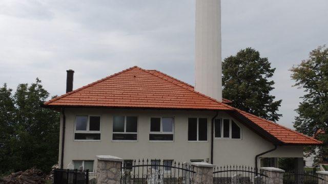 Akcija u džematu Gornji Srebrenik MIZ Srebrenik-Harem džamije ograđuju ogradom od fino klesanog kamena